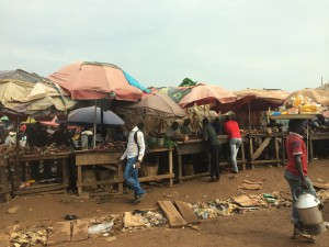 a market scene in Nigeria where onions could be sold.