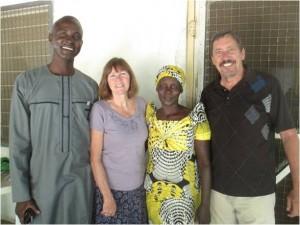 Zakariya with his wife and Carl & Roxane Hill
